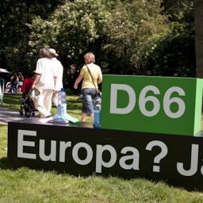 Voor D66 is Europa vrede, veiligheid, en welvaart. In die volgorde. Wij zeggen Europa JA!